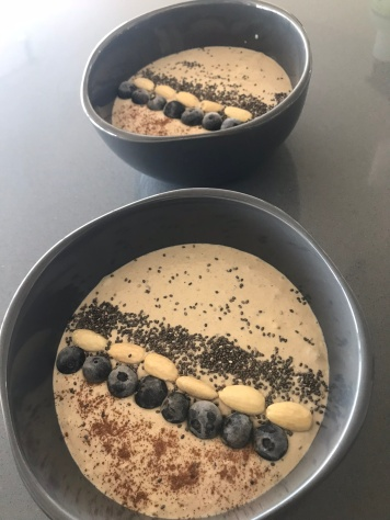 peanut butter oat smoothie bowl